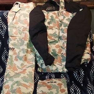 Neff camouflage snowboard 🏂 suit
